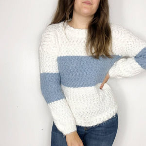 KNOX ROSE | White Blue Colorblock Eyelash Sweater
